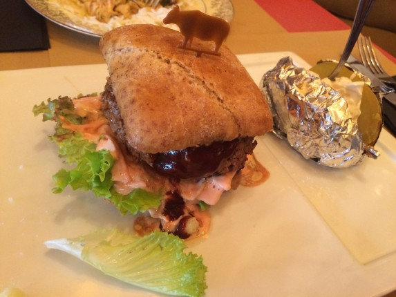 Hamburger CC&E, Nizza