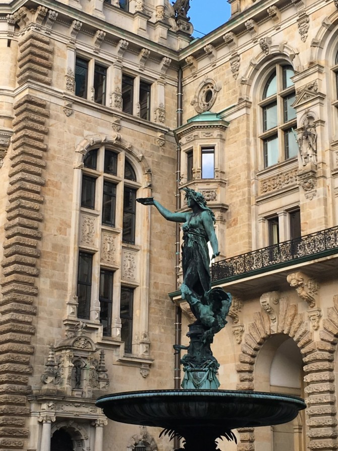 Hamburg, Inside Townhall