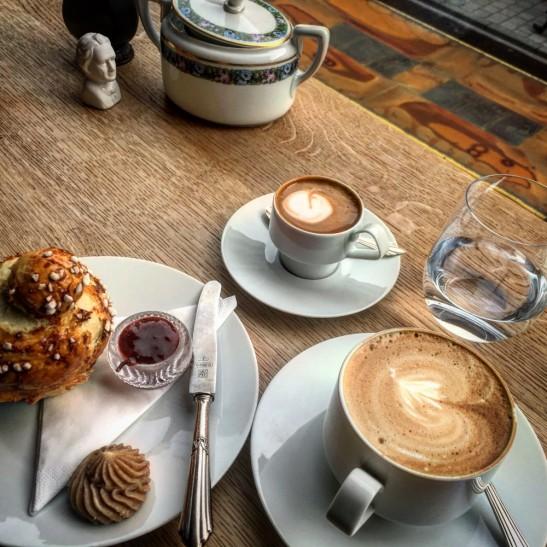 Stereo Cafe - Brioche, Cafe