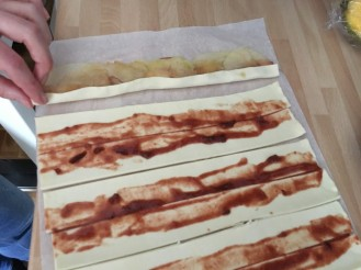 clapping up the puff pastry