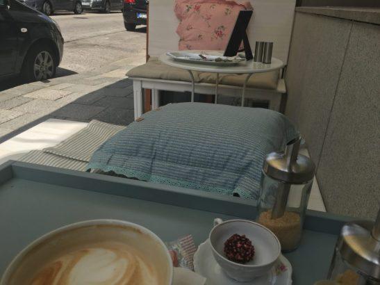 T7 Café - outdoors