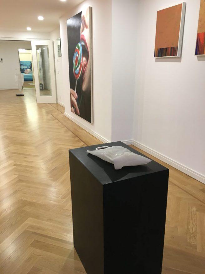 Werke von JVetter Höfner stARTart pop up exhibition Courtesy by Bernheimer Contemporary
